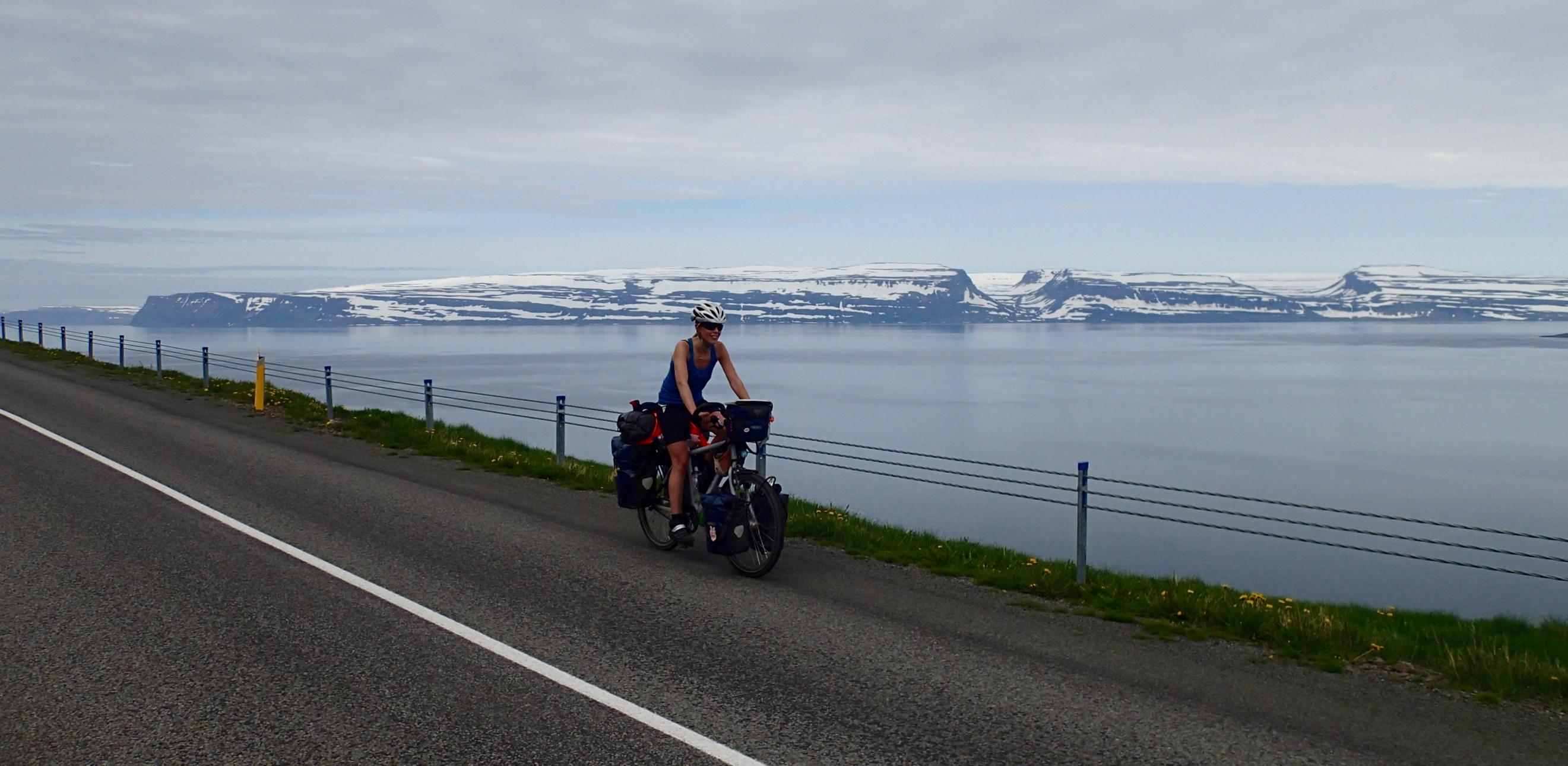 Egy Isafjordurban tartott pihenőnap után igazi fjord-üzemmódba kapcsoltam. Még nem is végeztem az egyik fjorddal, de már a következő hívogatott.