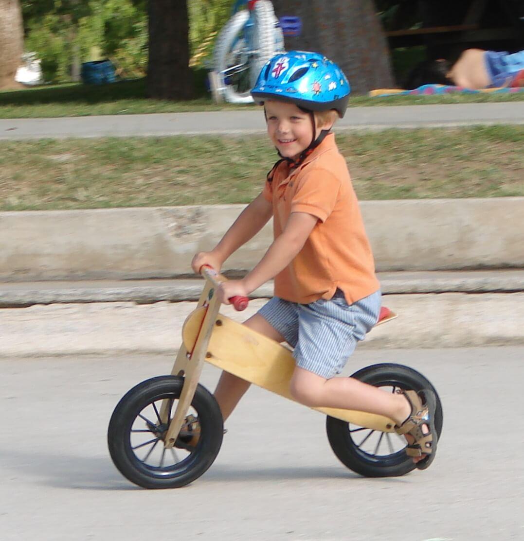 biciklizes-gyerekek