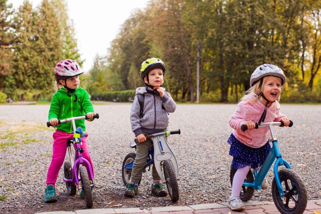 Kids cycling