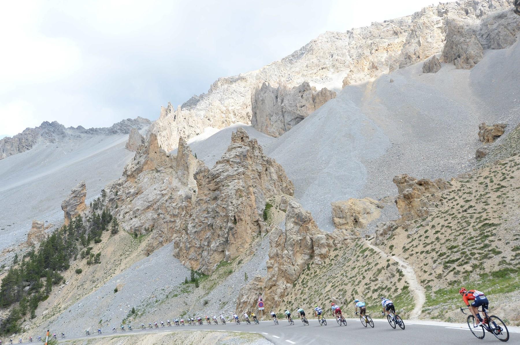 Col d'Izoard a jeho jedinečné kulisy. Foto: profimedia