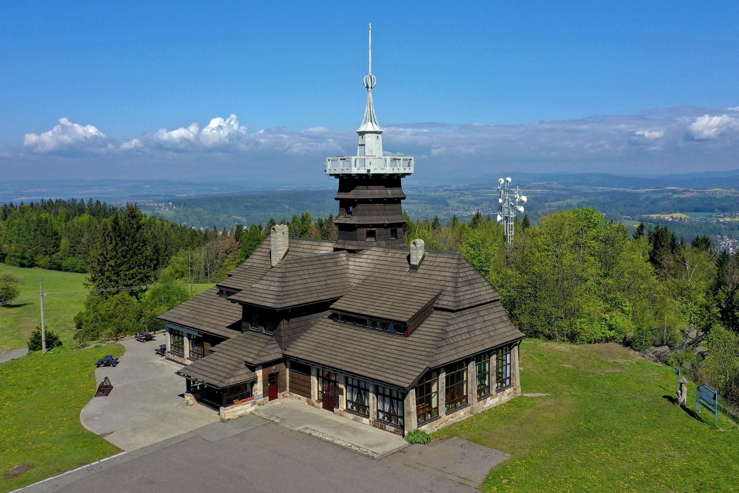 Jiráskova chata je jedním z mnoha budoucích útočišť pro cyklisty při putování v rámci projektu Klubu českých turistů. Foto: archiv KČT