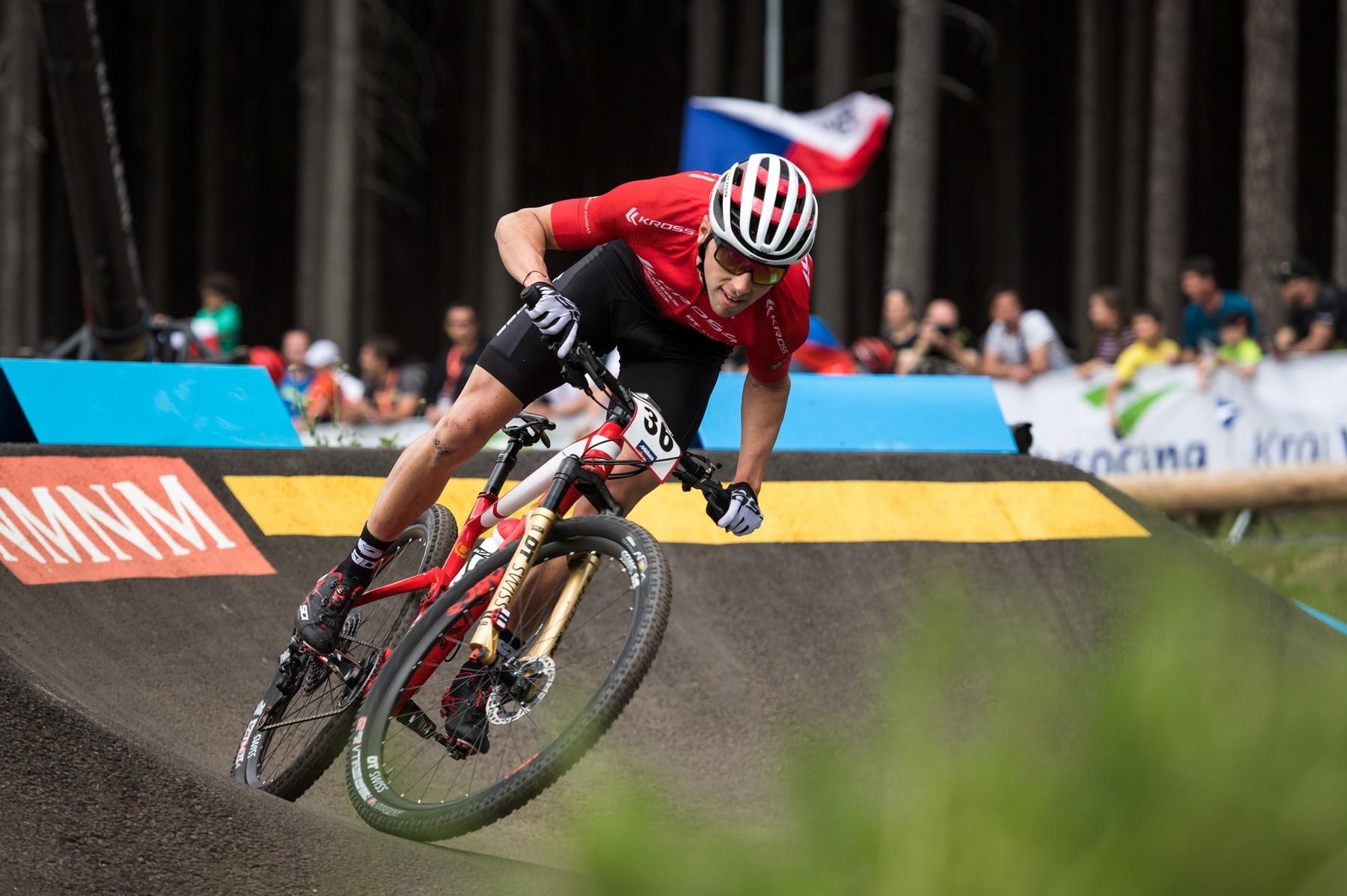 Biker Ondřej Cink při závodě v Novém Městě na Moravě v sezoně 2019. Foto: profimedia