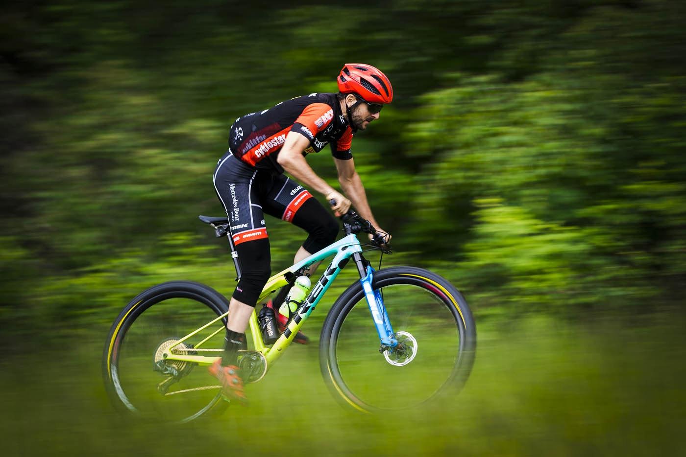 Český biker Jan Škarnitzl sní o účasti na olympijských hrách v Tokiu 2021. Foto: Miloš Lubas