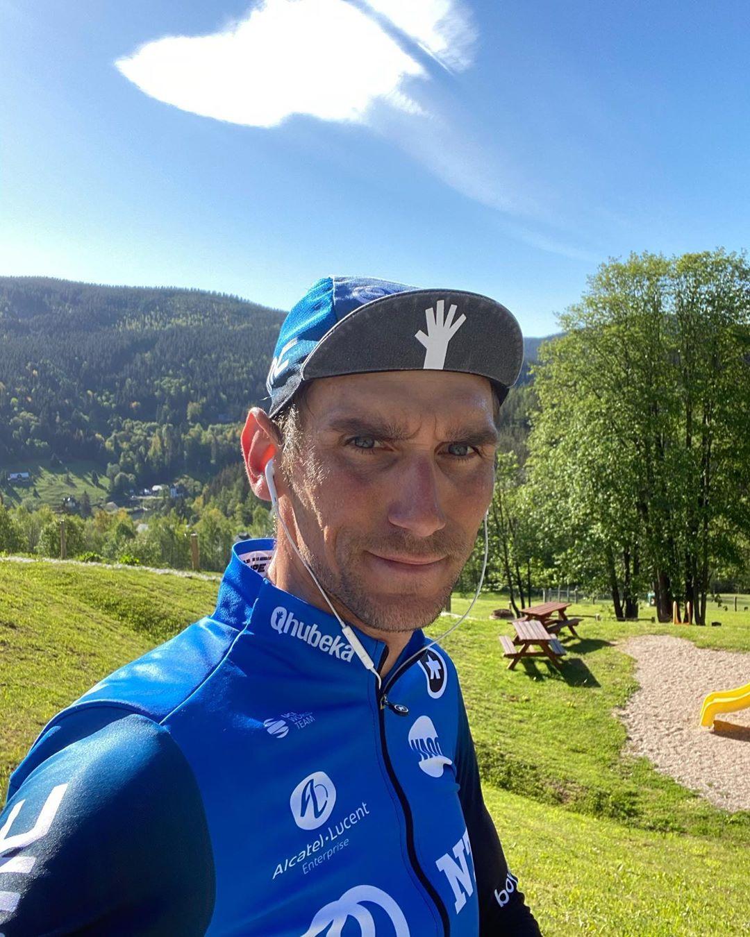 Roman Kreuziger z týmu NTT Pro Cycling je mezi přihlášenými na Krakonošův cyklomaraton. Foto: instagram R. Kreuzigera