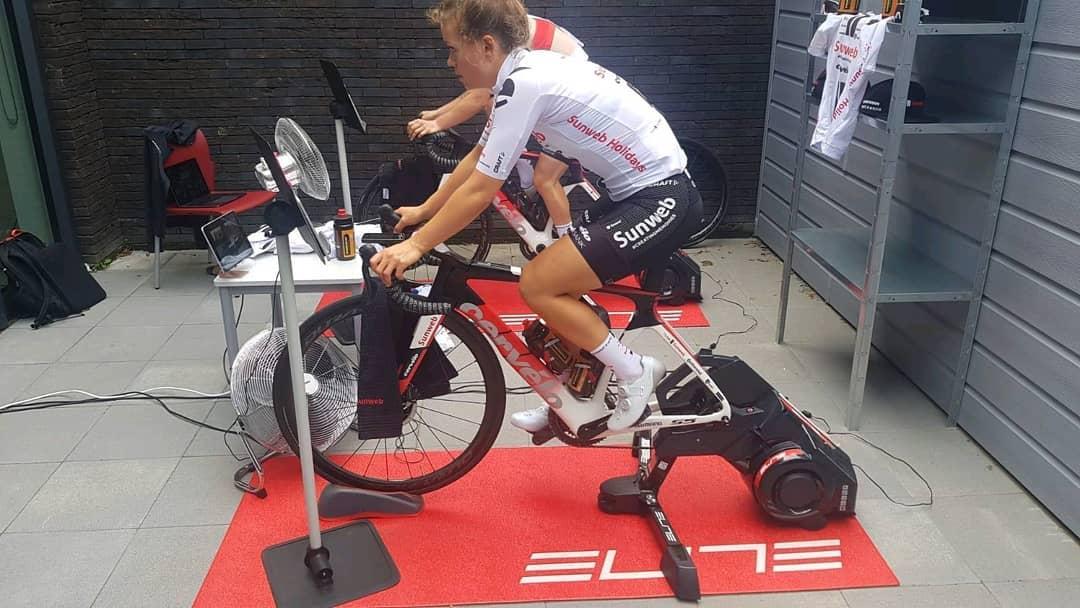 Tým Sunweb v přípravě využívá Smart biky. Foto: sunweb.com
