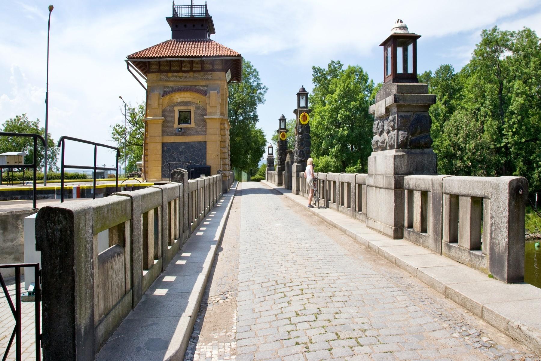Zdymadlo Hořín představuje technickou památku, která byla pravidelně v itineráři tréninků Jiřího Ježka. Foto: profimedia