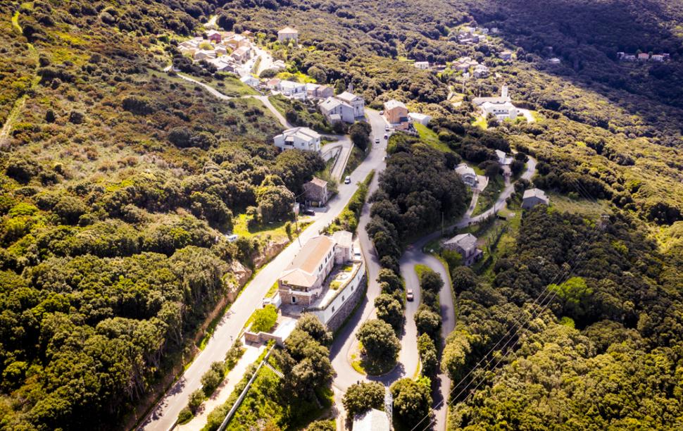 Korsika je jednou z lákavých destinací k rekreaci. Nejen cyklistické. Foto: Bikingman
