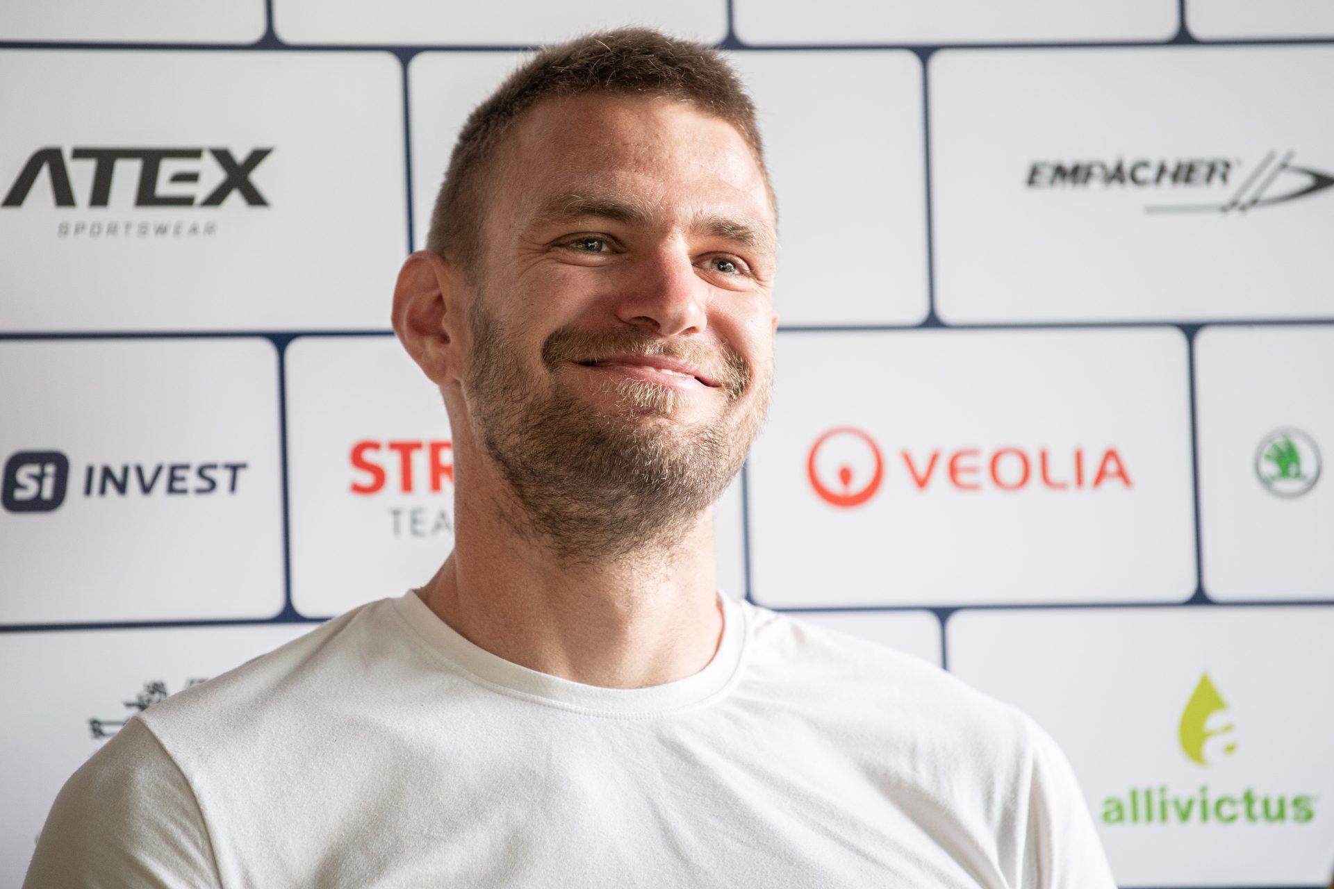 Ondřej Synek, úspěšný český skifař, si přípravu v sezoně poznamenané pandemií koronaviru zpestřuje cyklistikou. Foto: Sport Invest