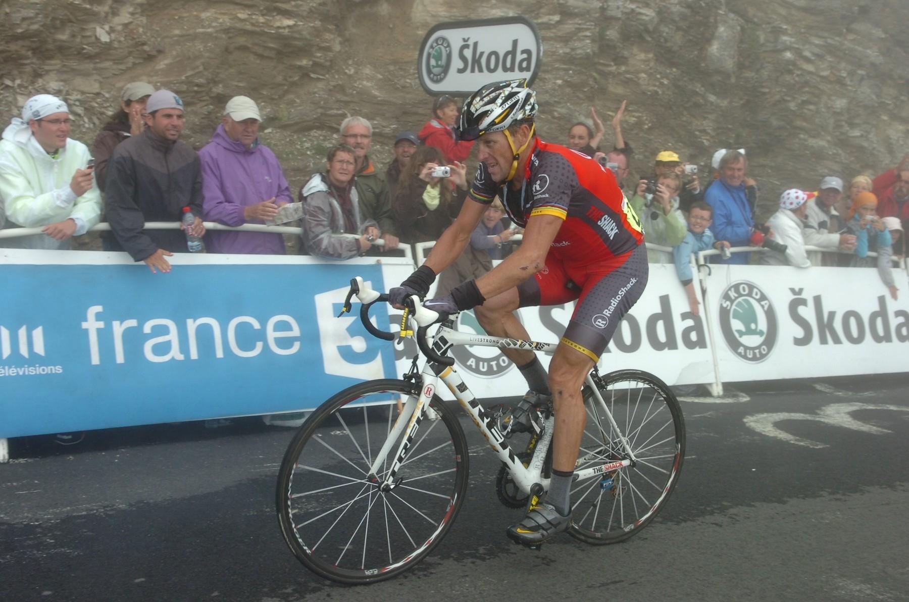 Lance Armstrong při stoupání na Tourmalet v 17. etapě Tour de France 2010. Foto: profimedia