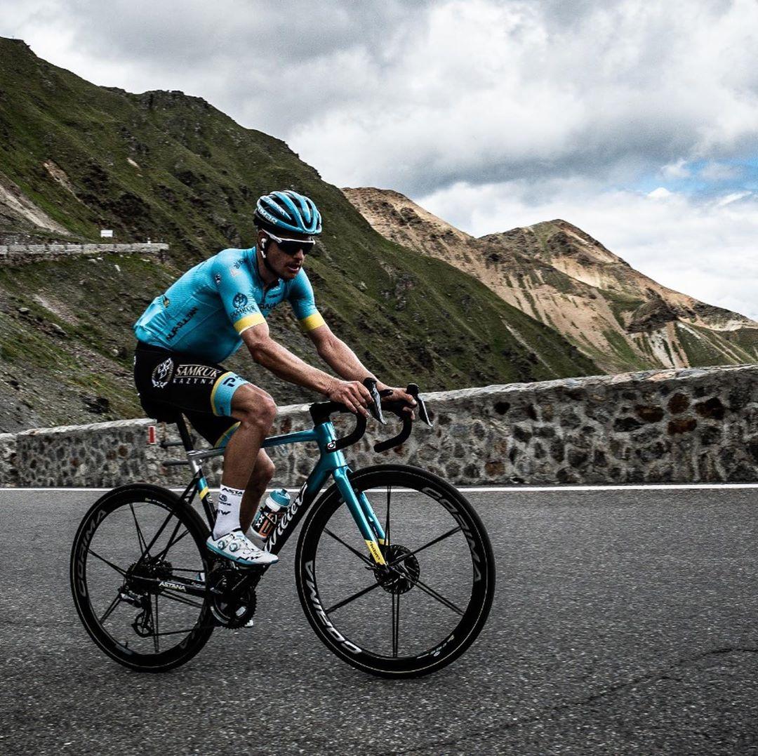 Jakob Fuglsang z formace Astana měl v posledních dnech skvělou formu, do nominace na Tour de France se ale nevešel. Foto: instagram