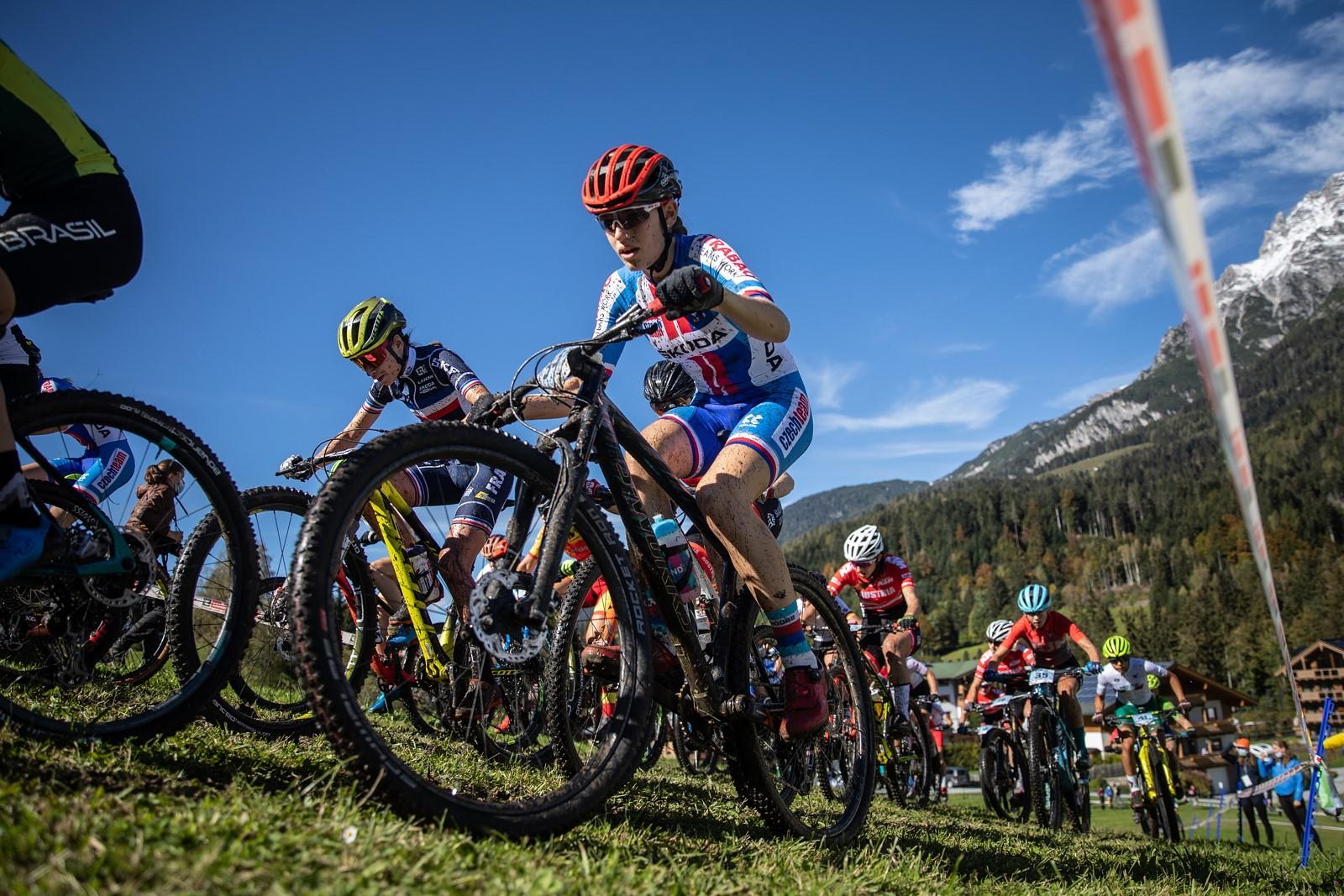 Aneta Novotná na trati mistrovství světa horských kol 2020 v rakouském Leogangu. Foto: Michal Červený