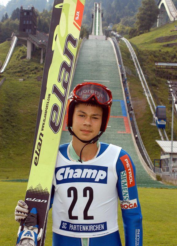Poznáváte ho? Primož Roglič na začátku sportovní kariéry ještě jako skokan na lyžích. Foto: primozroglic.com