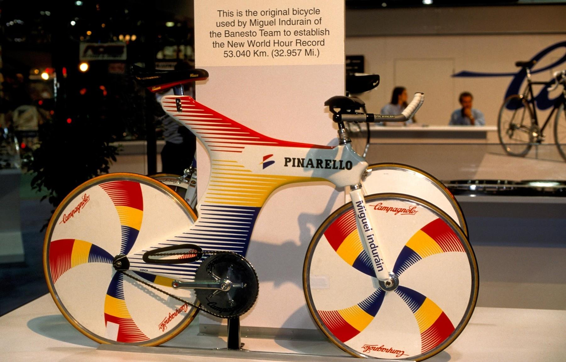 Speciál, na němž v roce 1994 Miguel Indurain vytvořil rekord v hodinovce. Foto: profimedia