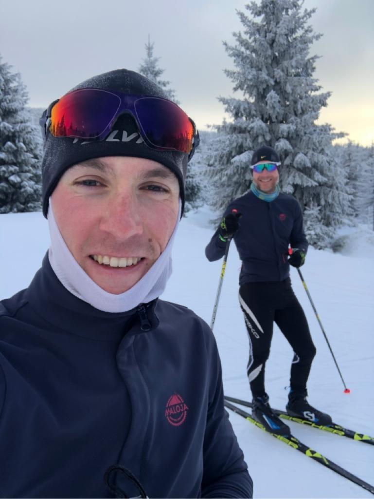 Kristian Hynek a Martin Stošek, bronzový z MS v maratonu, při tréninku na běžkách.