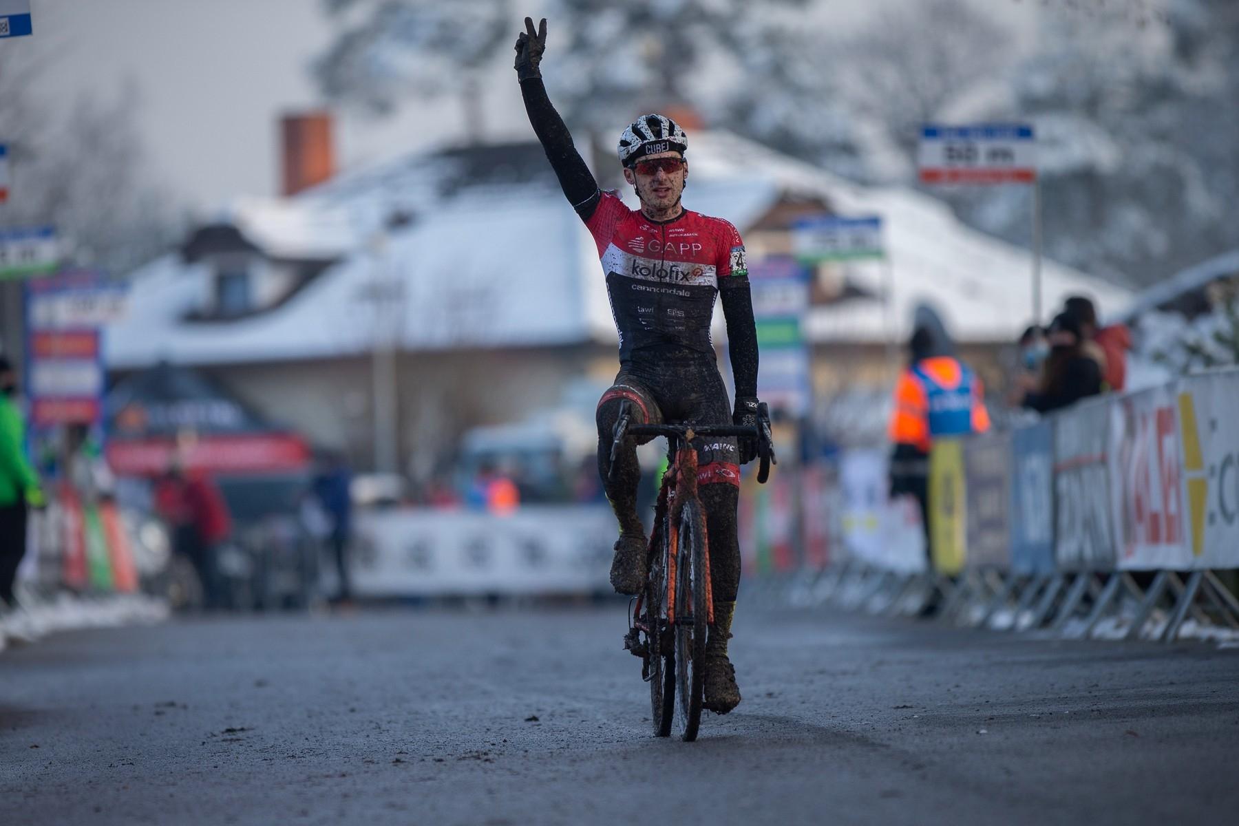Tomáš Paprstka na českém šampionátu v cyklokrosu 2021. Foto Michal Sváček/Mafra/profimedia