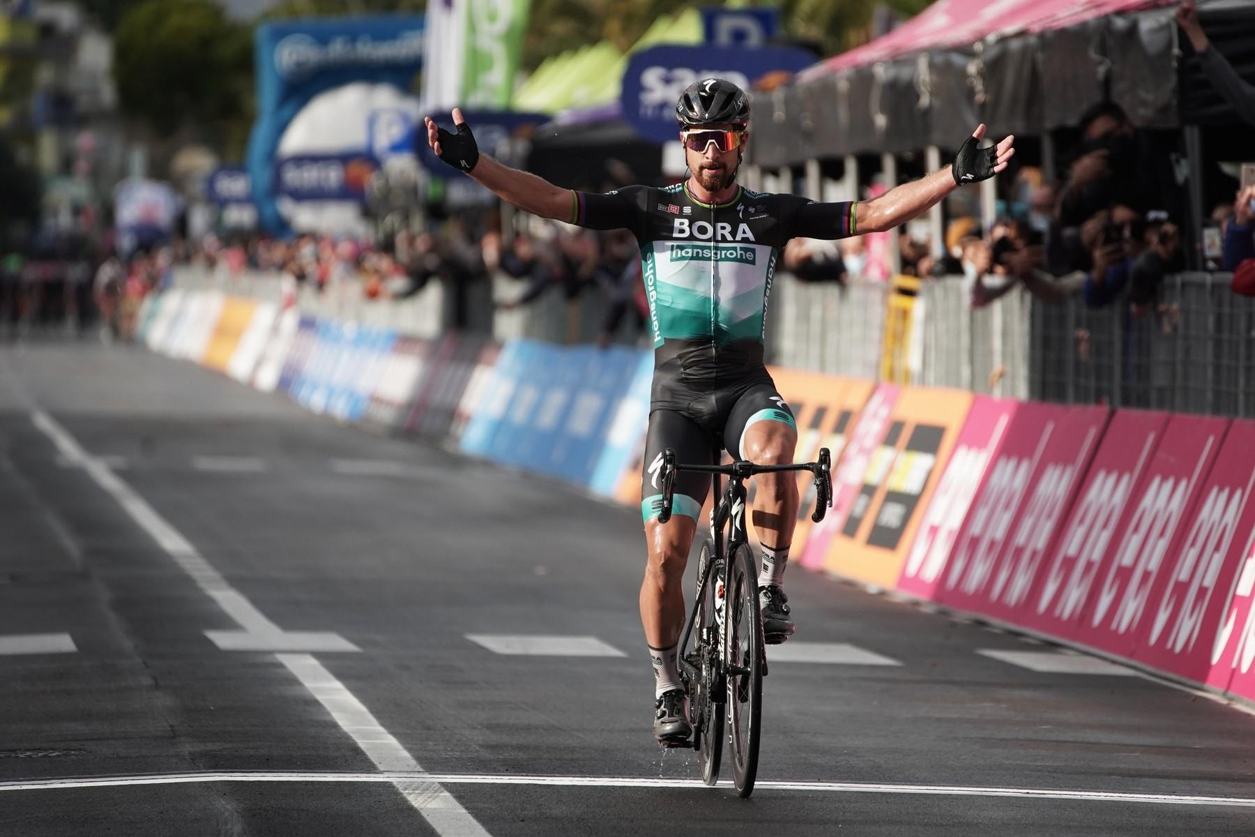 Peter Sagan a jeho jediné vítězství v sezoně 2020 při 10. etapě italského Gira. Foto: profimedia