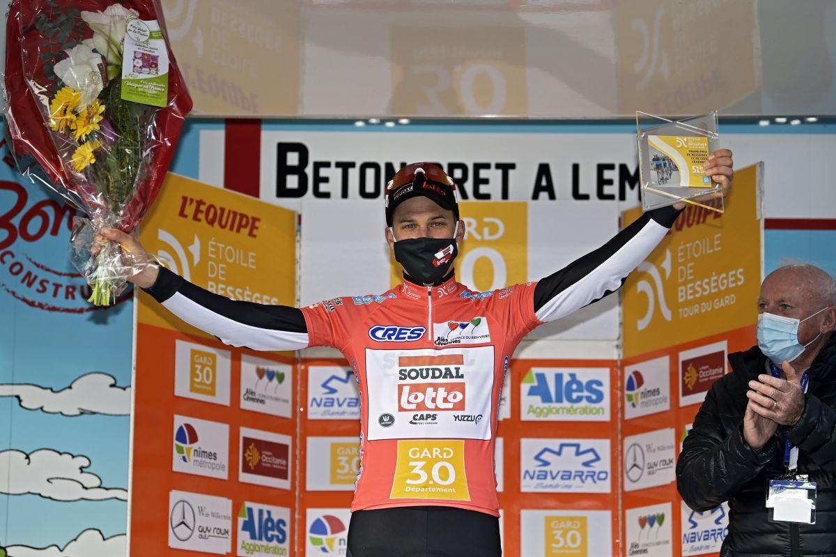 Tim Wellens se raduje z triumfu na skvěle obsazeném francouzském závodě. Foto: Lotto Soudal/photo news (2x)