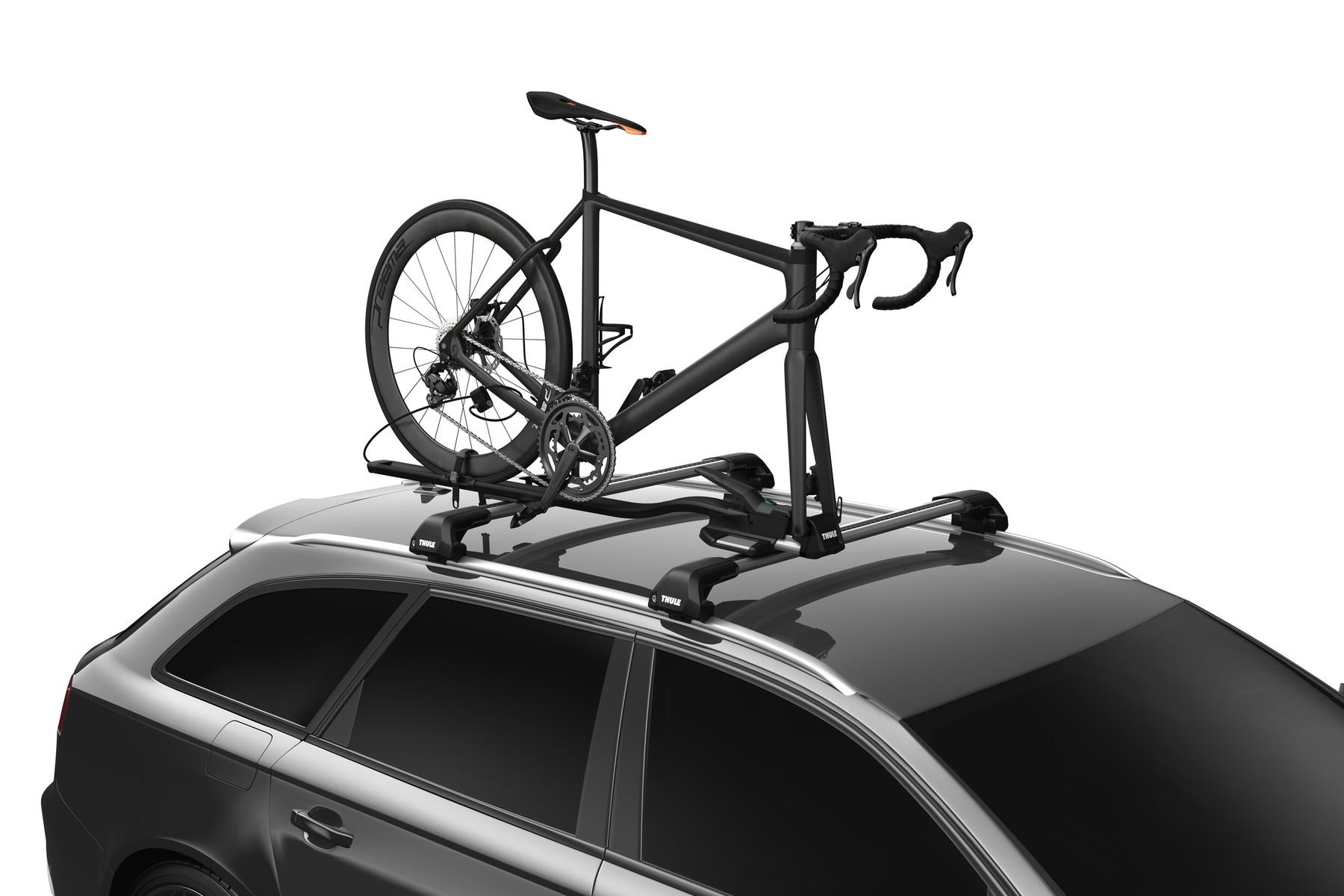 Nosič kola, který vyžaduje demontáž předního kola.