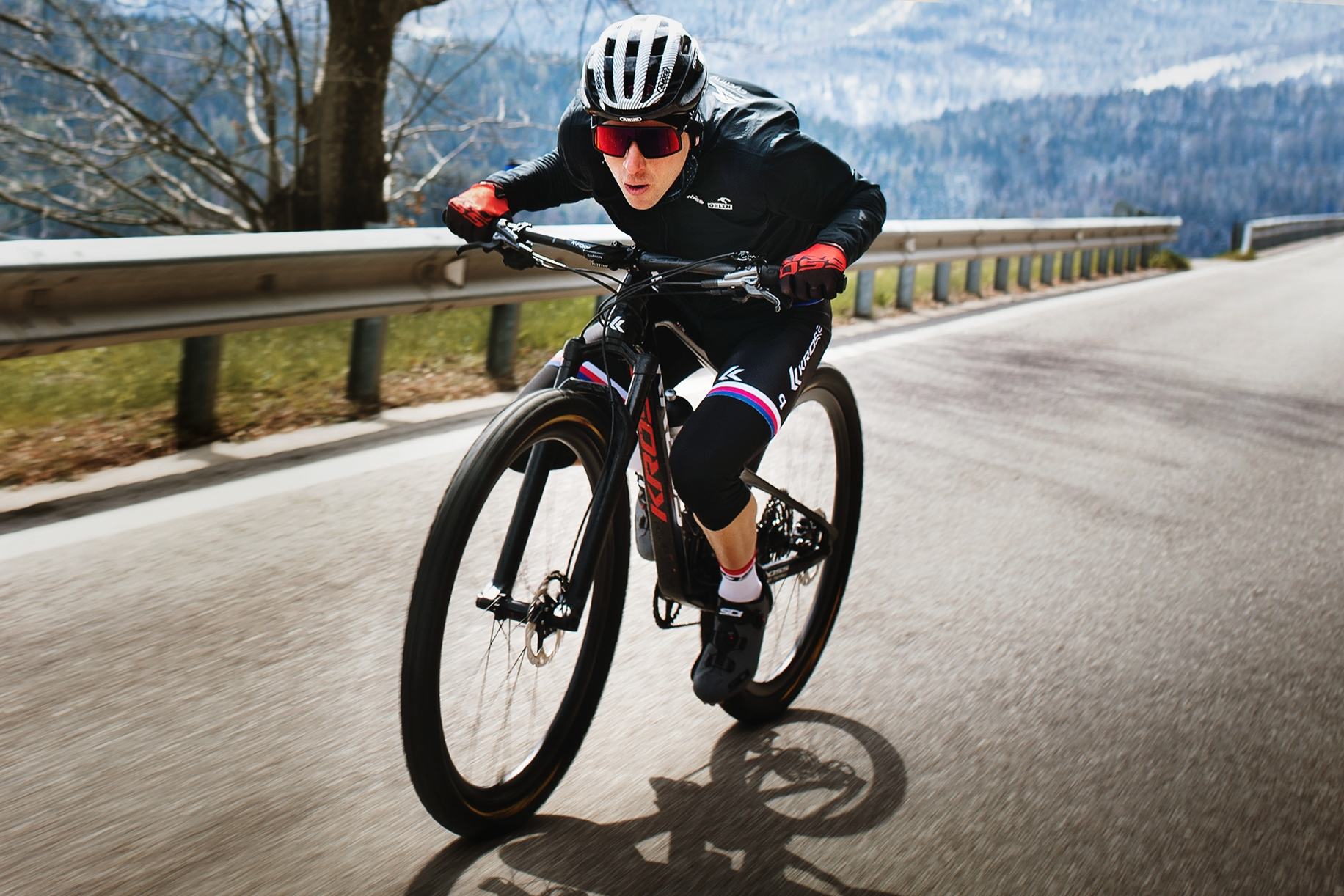 Ondřej Cink, český reprezentační biker, během tréninkového kempu v Nalles. Foto: Robin Nevřala (5x)