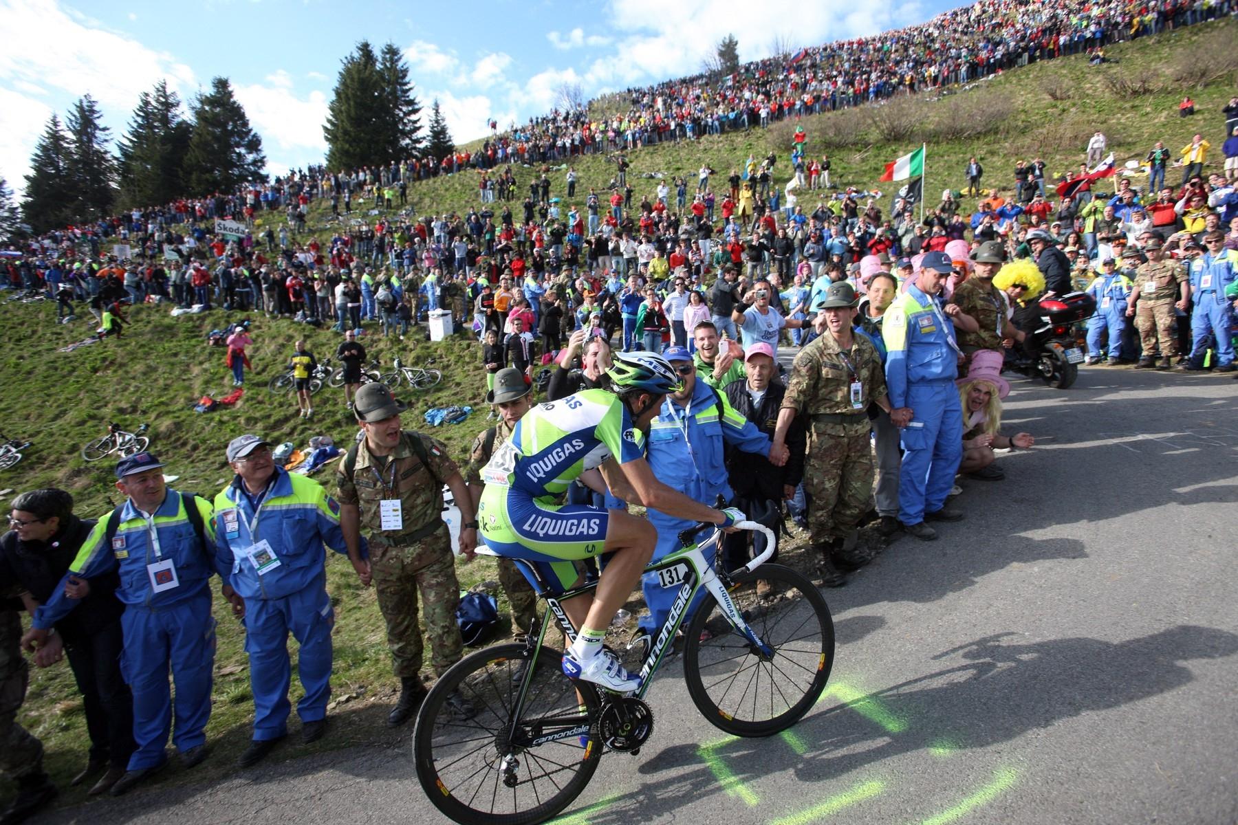 Ivan Basso a legendární stoupání Monte Zoncolan v roce 2010.