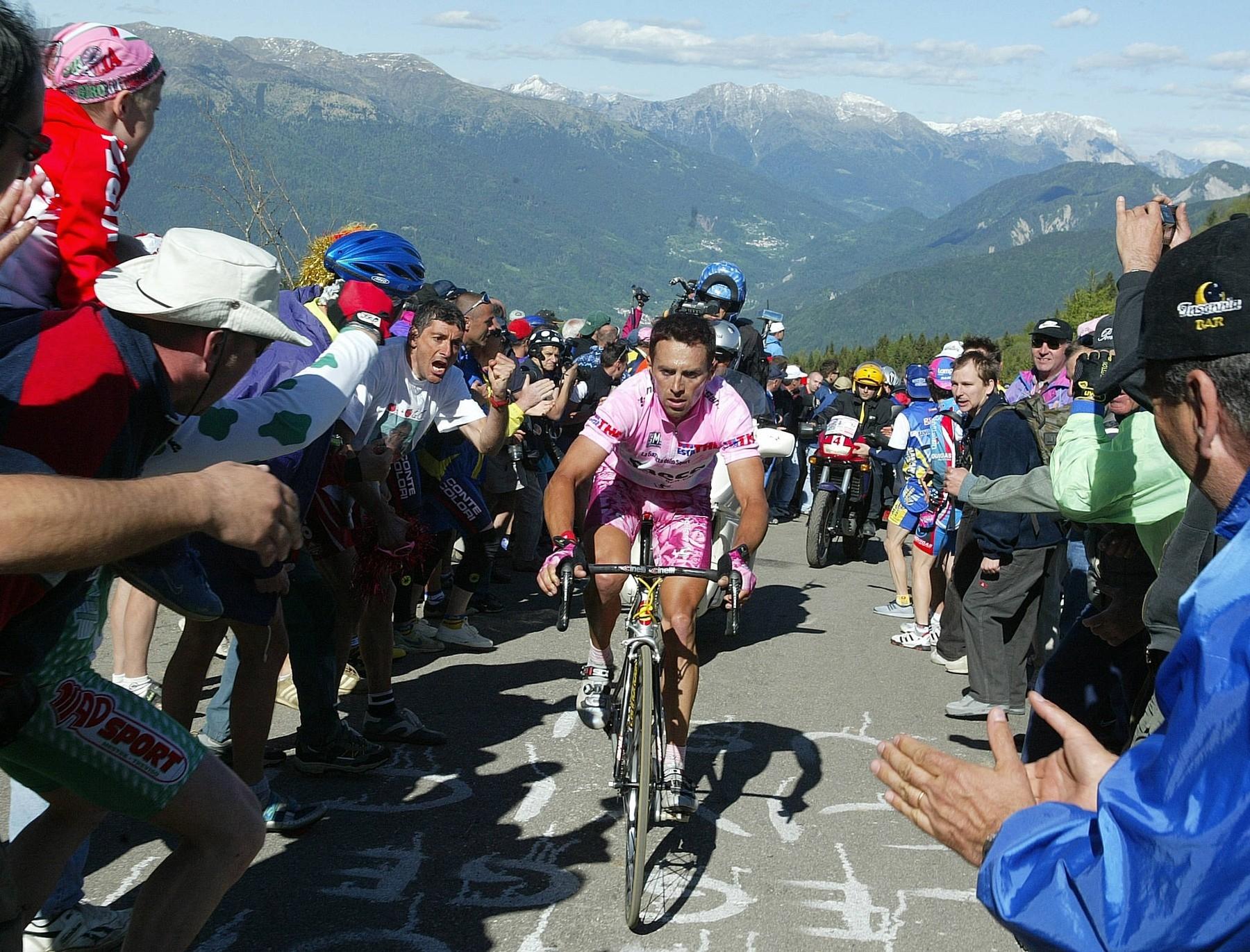 Gilberto Simoni při premiéře hory Monte Zoncolan v programu italského Gira. Foto profimedia