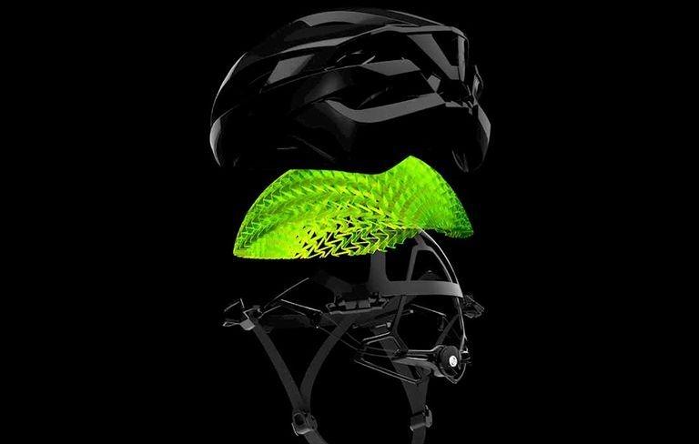 Cyklistická helma a její rozvrstvení z hlediska maximální bezpečnosti.
