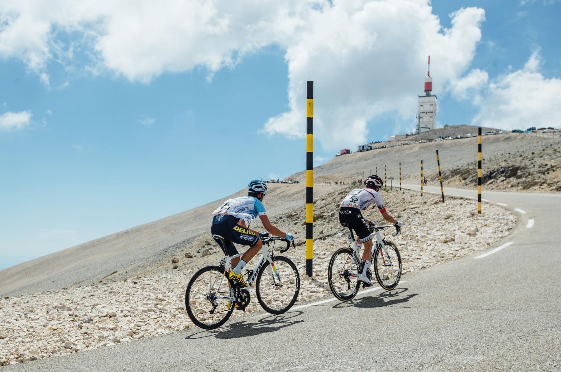 Mont Ventoux budí tradičně u cyklistů respekt. A týká se to i startovního pole Tour de France. Foto: profimedia