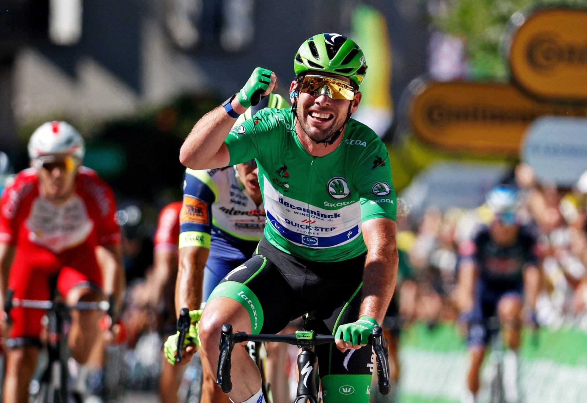 Mark-Cavendish-Tour-de-France-Stage-13-Victory-_Tim-De-Waele-Getty-Images