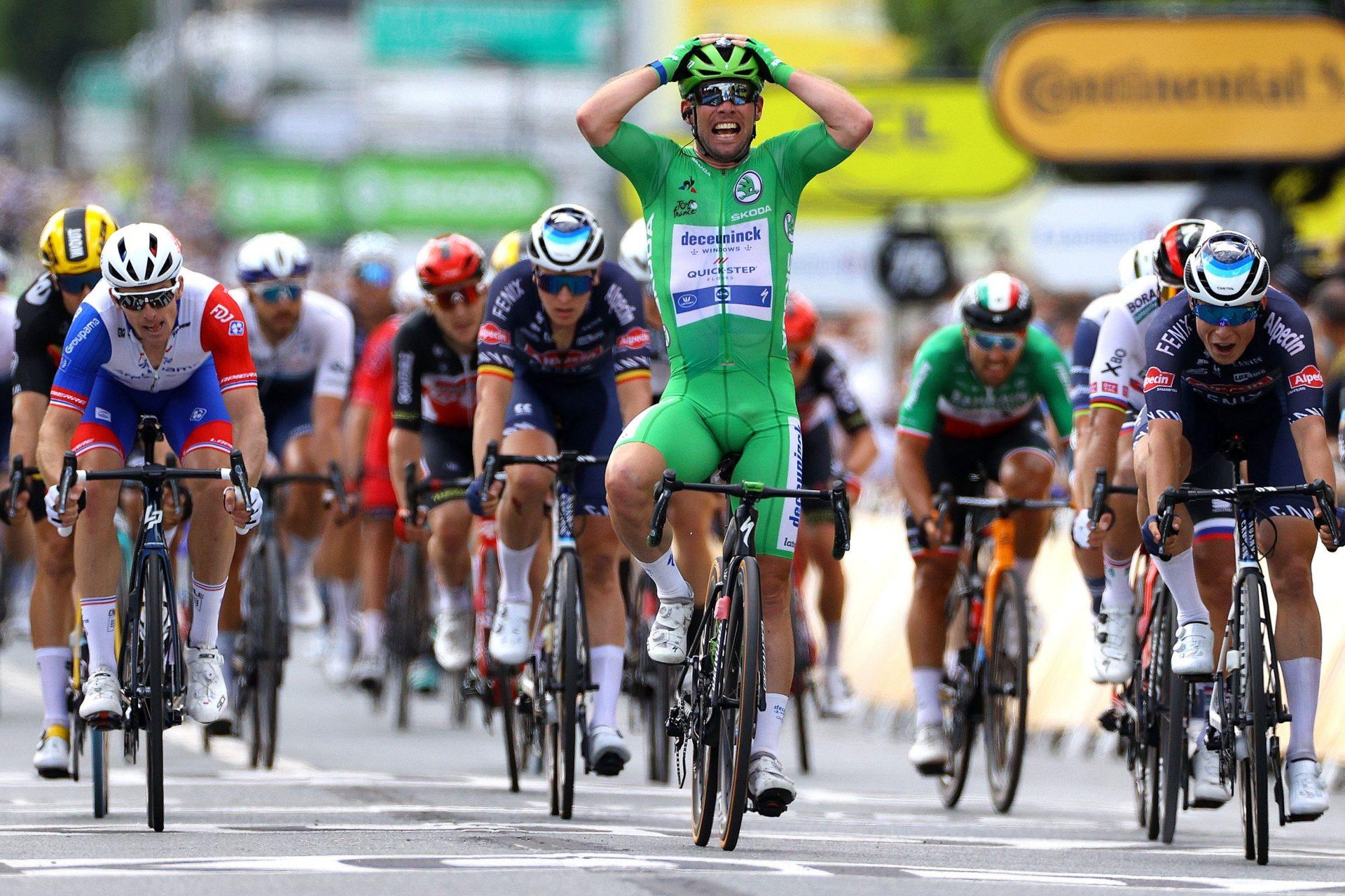 Mark-Cavendish-Tour-de-France-Stage-6-Victory-_Tim-De-Waele-Getty-Images