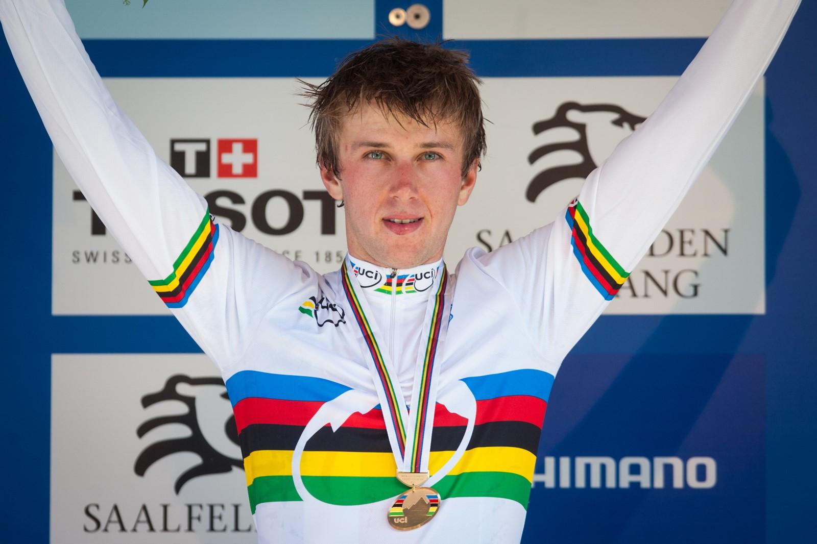 Ondřej Cink se zlatou medailí mistra světa do třiadvaceti let 2012.