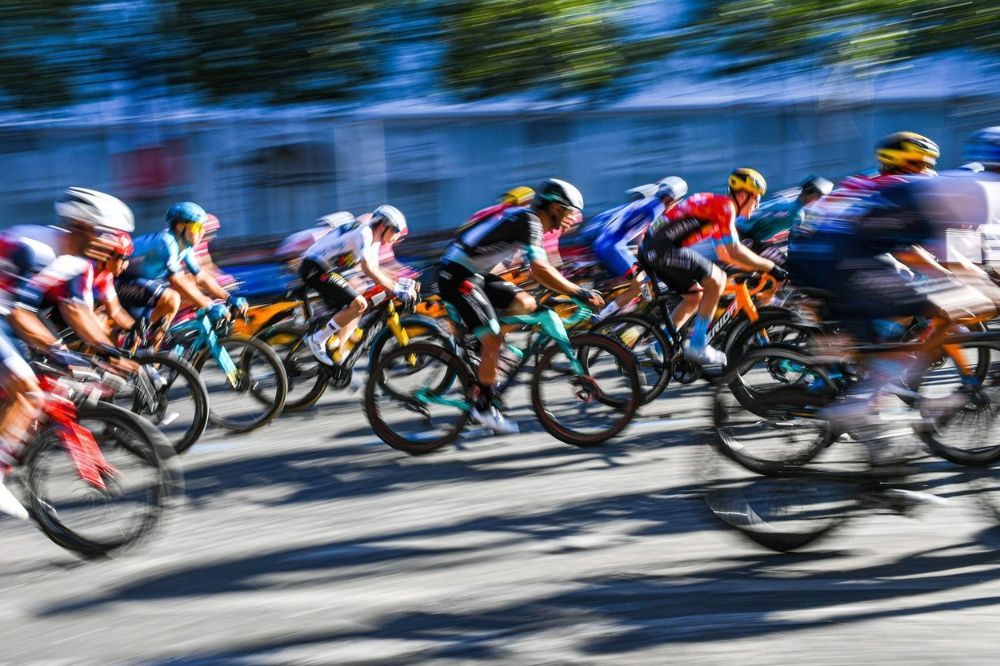 Tour de France peloton