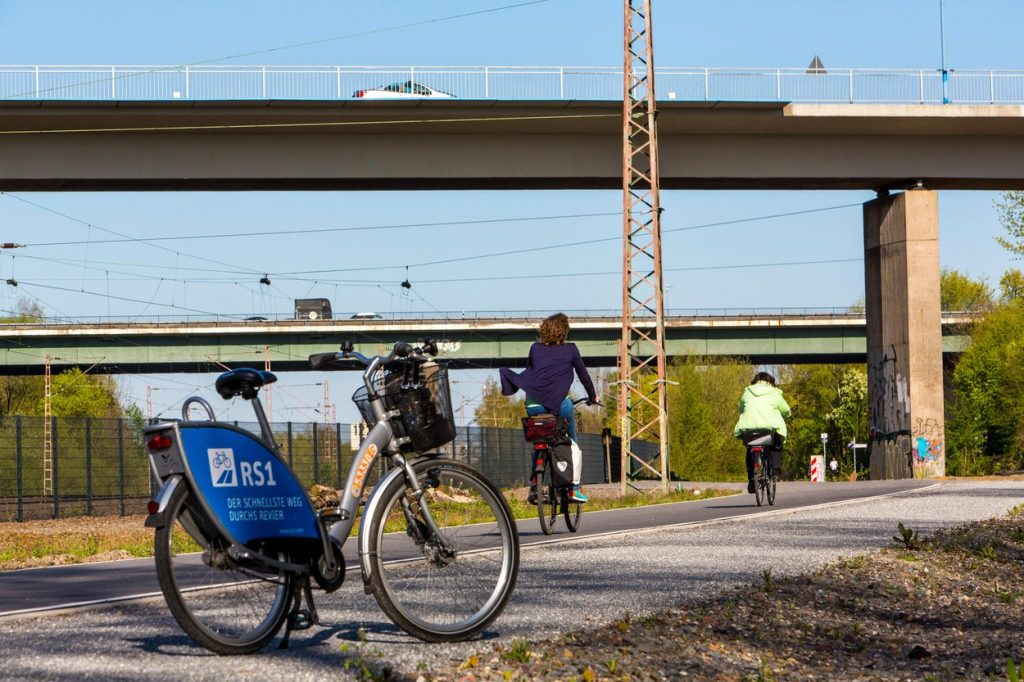 First part of a bike path highway through the Ruhr area, between Essen and Mülheim, Germany, called RS1, rented bike, Nextbike