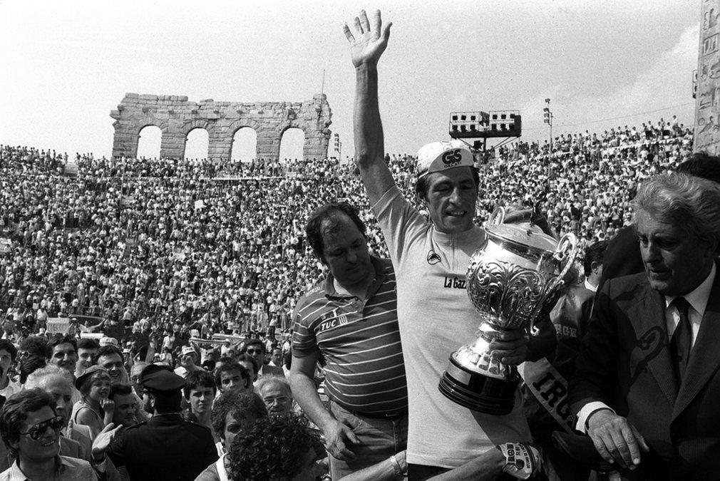 Francesco Moser celebrating his 1984 Giro win in the Verona Arena.