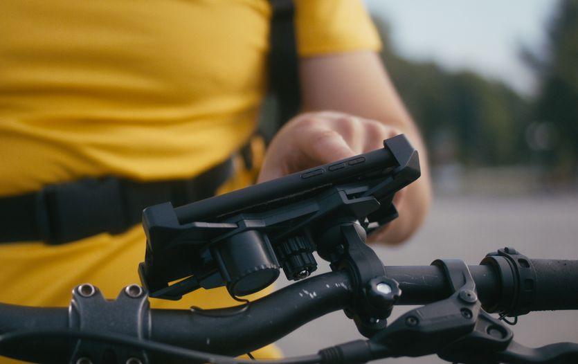 Smart phone bike handlebars