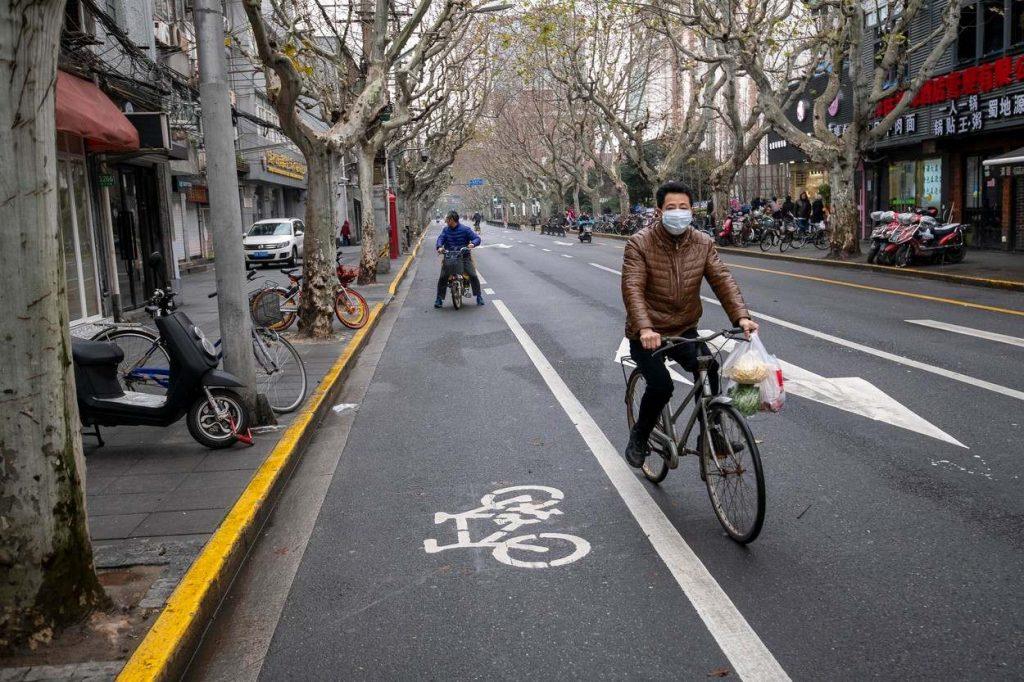 Cycling in Shanghai