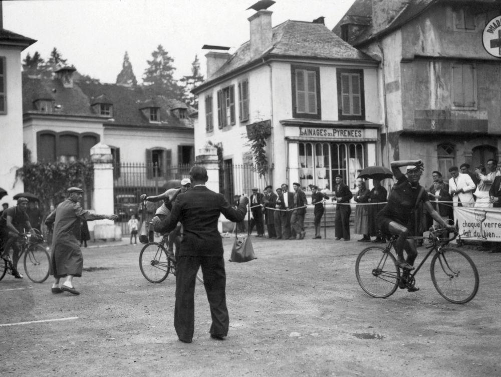 1936 Tour