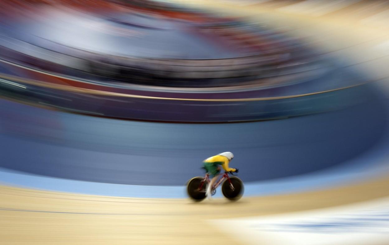 Velodrome racer